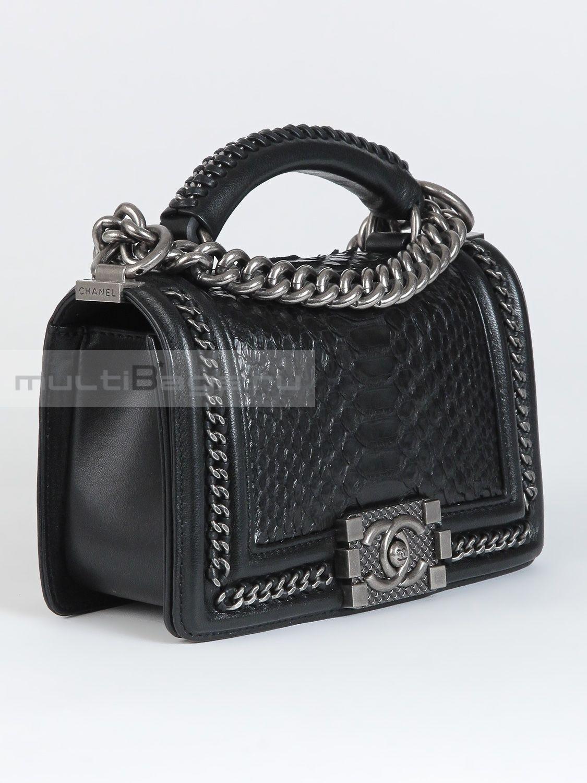 Купить женскую сумку CHANEL Мини Boy с ручкой из кожи питона, цвет ... 9a334ff39df
